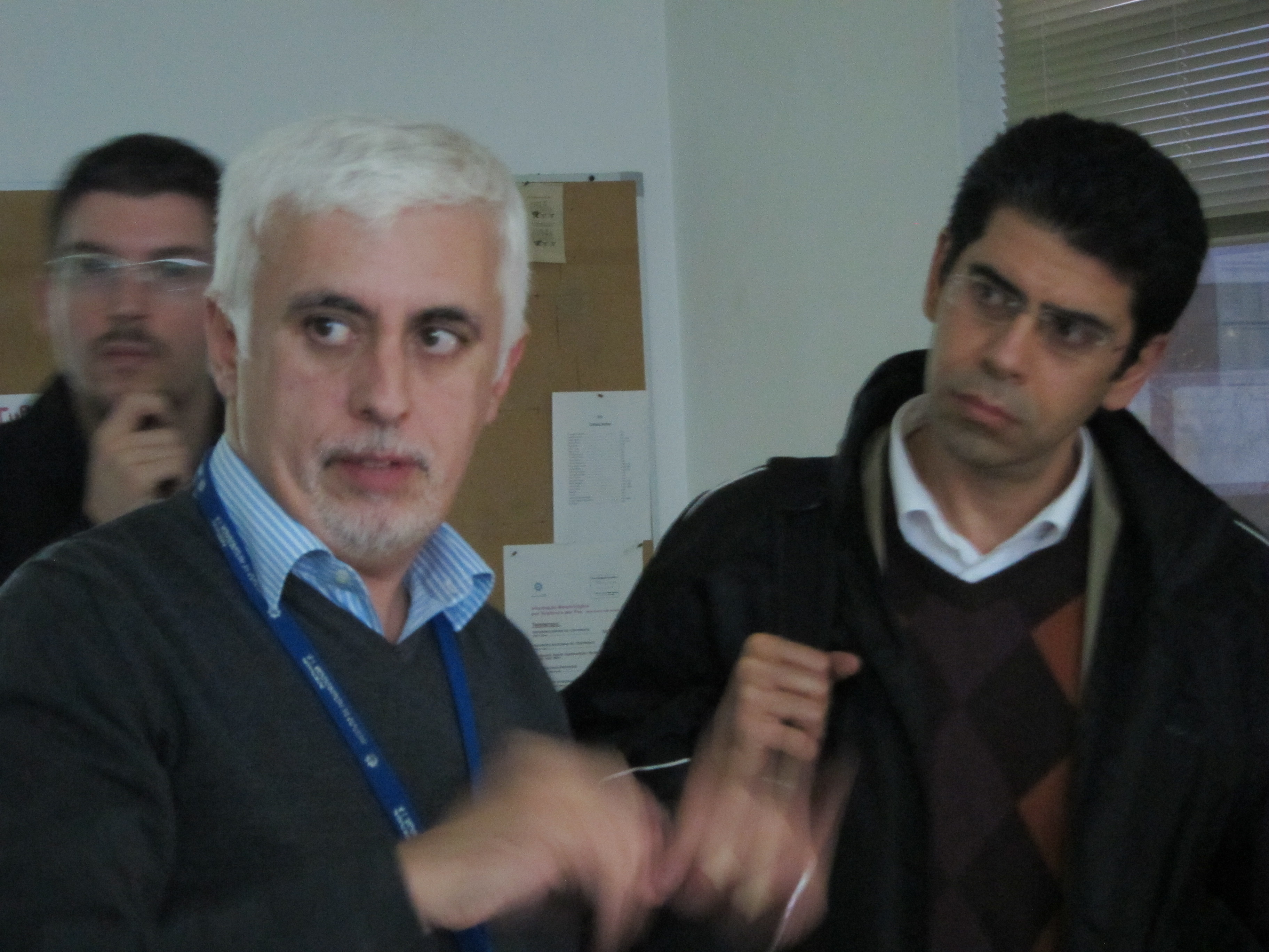 Dr. Fernando Carillho of IPMA in Lisbon giving directions to the personnel on duty